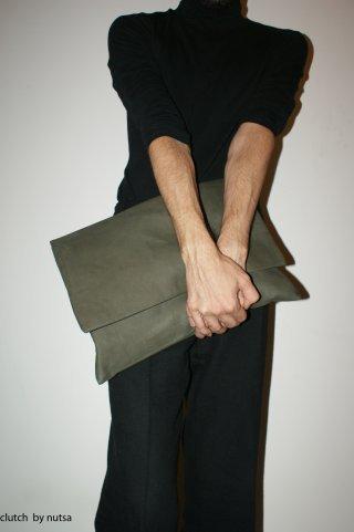 Nutsa Modebadze – Nice toMeet U, Bags. Изображение № 5.