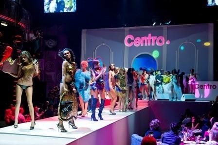 В клубе RAЙ прошло экстравагантное шоу-показ CentroДвижение 2012. Изображение № 1.