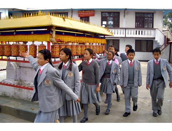 Школьная форма в Непале. Изображение №24.