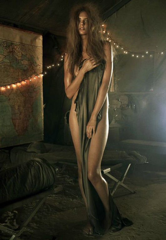 «Make Love NotWar» by Steven Meisel Vogue Italy. Изображение № 9.