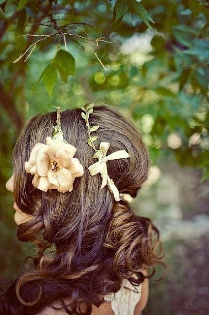 Цветы в волосах. Изображение № 4.