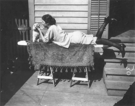 Фотосессия жриц любви 1912 года. Изображение № 30.