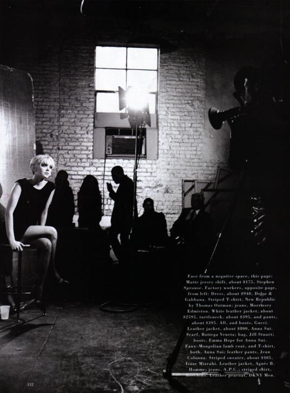 Архивная съёмка: Питер Линдберг для Harper's Bazaar, 1995. Изображение № 8.