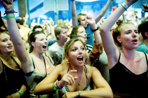 Дневник с фестиваля Sziget: DIY-рай, бар Чака Норриса и танцы под The XX. Изображение № 21.