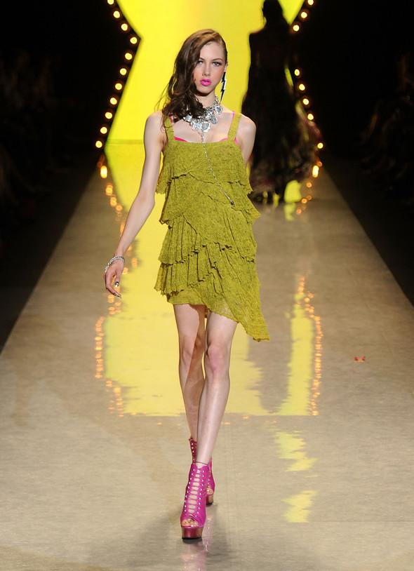 New York Fashion Week: Betsey Johnson Spring 2012. Изображение № 80.