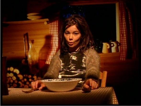 Революция music video: Мишель Гондри. Изображение № 1.
