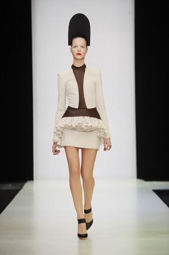 Mercedes Benz Fashion week. Изображение № 2.