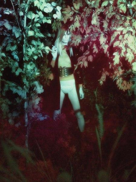 Steven Meisel. Dogging. Изображение № 15.