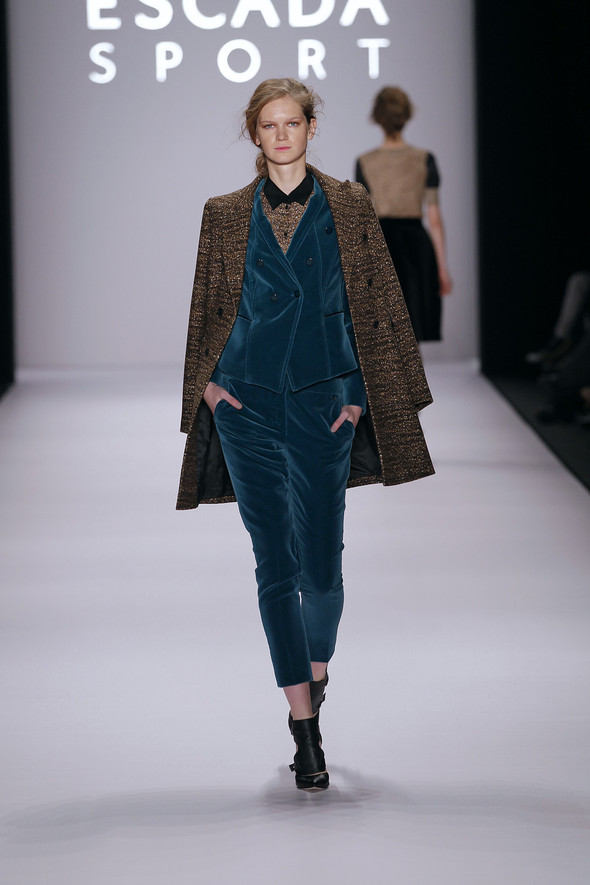 Berlin Fashion Week A/W 2012: Escada Sport. Изображение № 29.