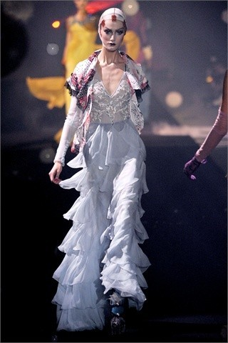 John Galliano Spring-Summer 2010. Изображение № 29.