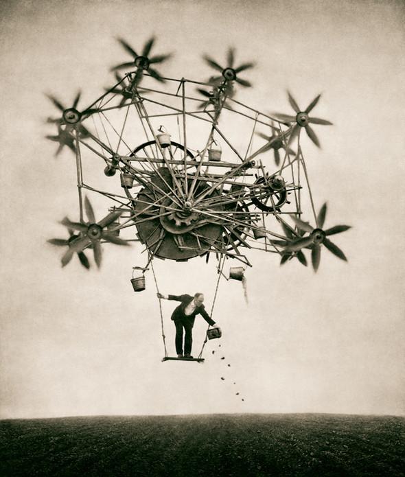 Еще восемь фотографов сюрреалистов. Изображение № 36.