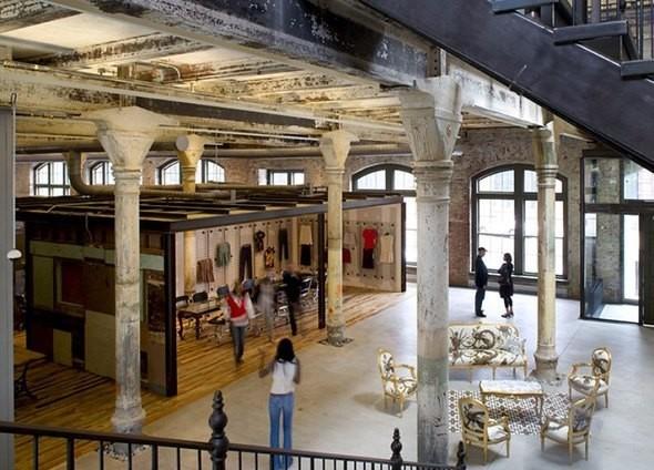 Изображение 47. Новая жизнь старых зданий.. Изображение № 46.