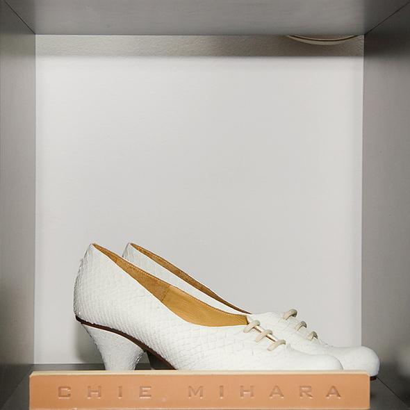 Испанская обувь. Изображение № 8.