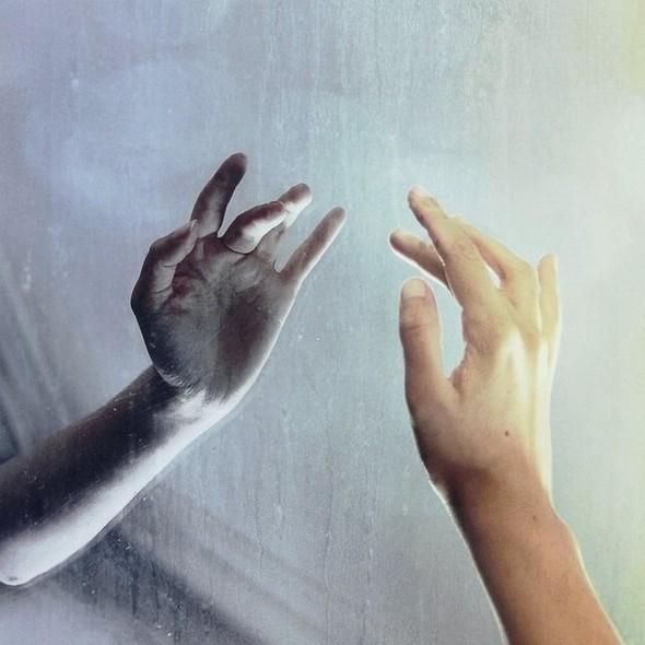 Потусторонний мир в фотографиях Julie de Waroquier. Изображение № 27.