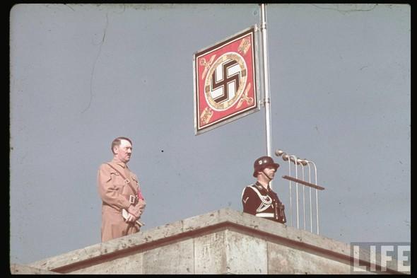 100 цветных фотографий третьего рейха. Изображение №39.