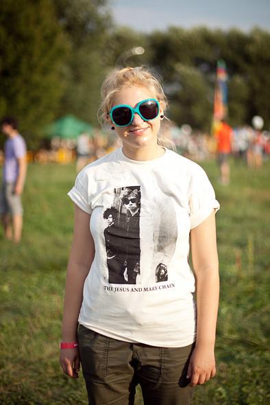 Изображение 14. Люди в футболках музыкальных групп на Пикнике «Афиши».. Изображение № 14.