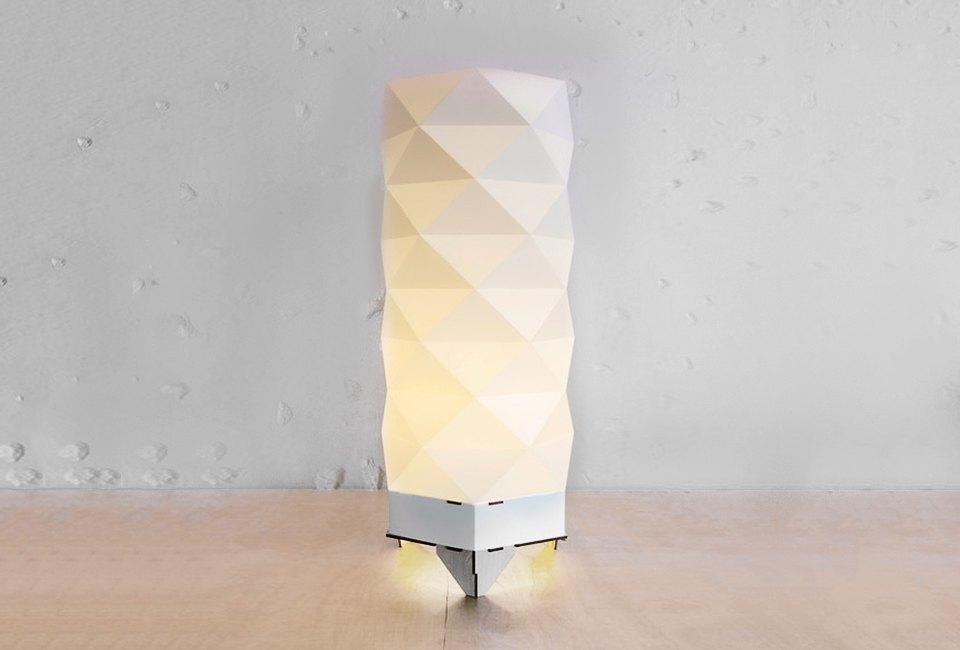 10 настольных ламп для тех, кто не спит по ночам. Изображение № 9.