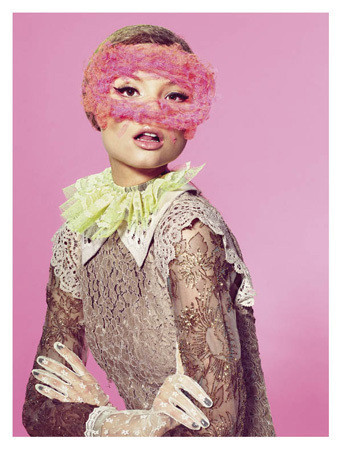 Съемка с Магдаленой Фрацковяк из итальянского Vogue, апрель 2011. Изображение № 46.