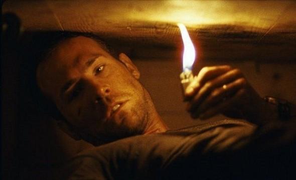 Премьеры недели: «РЭД», «Погребенный заживо» и «Кочегар». Изображение № 8.