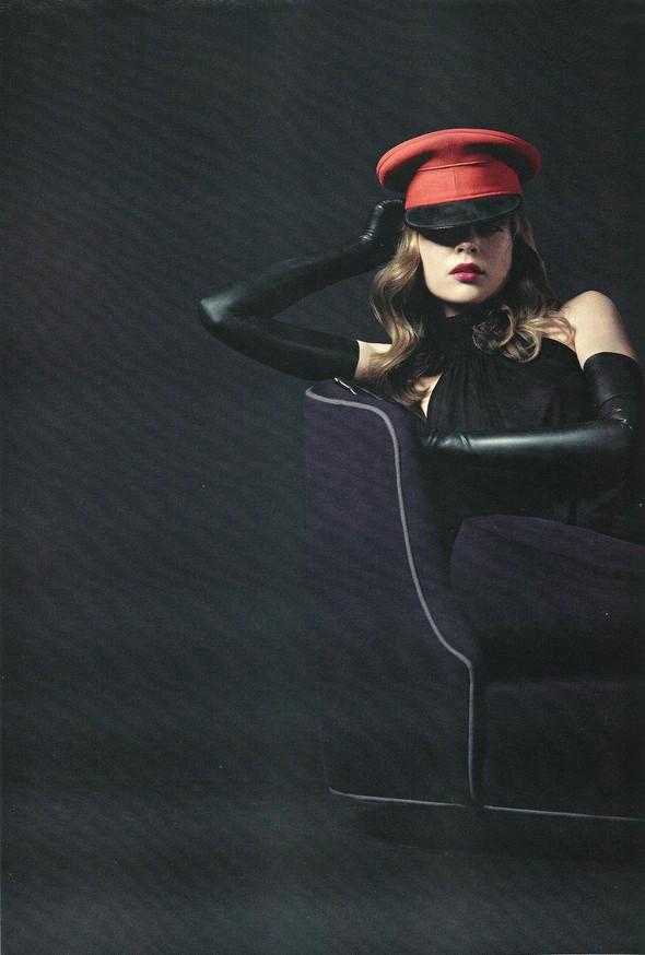 Съёмка: Ким Норда для Elle. Изображение № 5.