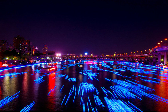 Огни большого города: 100 000 ламп-светлячков на фестивале Хотару. Изображение № 2.