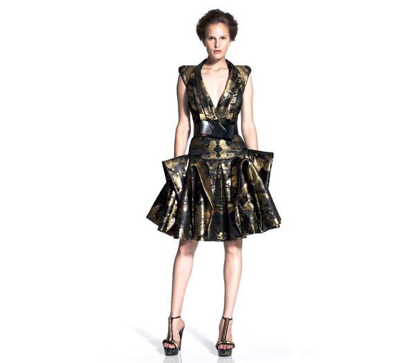Новая круизная коллекция Alexander McQueen. Изображение № 6.