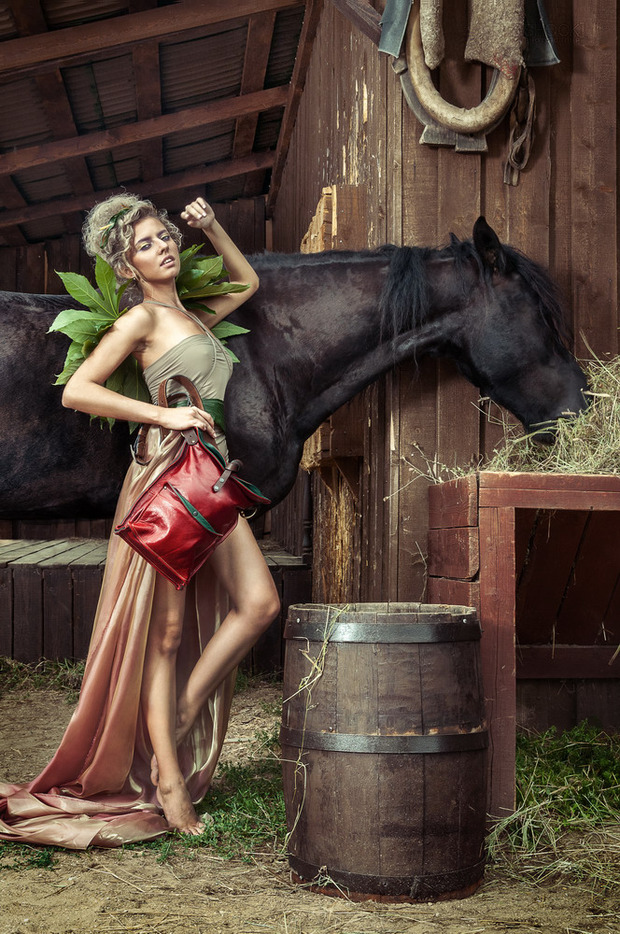 Лукбук кожаных сумок Ante Kovac. Изображение № 10.