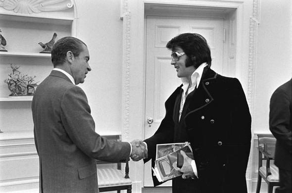 Элвис Пресли vsРичард Никсон. Историческая встреча. Изображение № 1.
