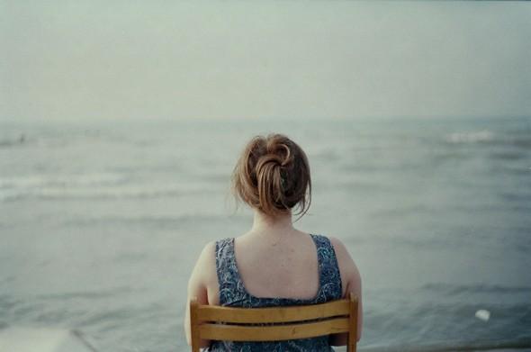 Behind you. Изображение № 1.