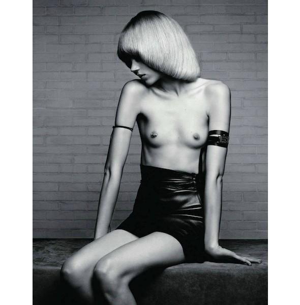 Новые съемки: Elle, Marie Claire, Vogue и другие. Изображение № 55.