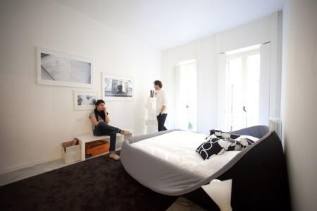 Кровать с мягкими краями. Изображение № 5.