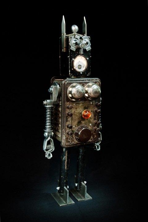 Фото: забавные роботы из промышленного мусора . Изображение № 8.