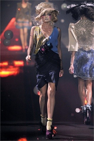 John Galliano Spring-Summer 2010. Изображение № 9.