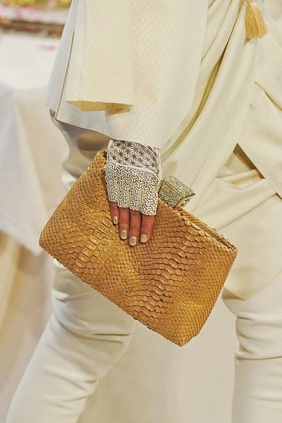 Детали с показа Chanel Pre-Fall 2012. Изображение № 17.