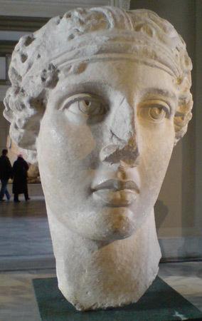Античная скульптура «Голова поэтессы Сапфо» . Изображение № 13.