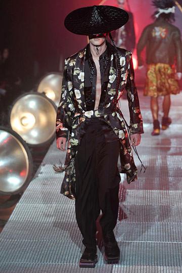 Неделя моды в Париже: мужские показы. Изображение № 58.