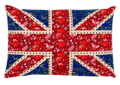 Подушка с английским флагом из Union Jack Collection, выпущенной в прошлом году по случаю предстоящего чемпионата мира по футболу.. Изображение № 18.