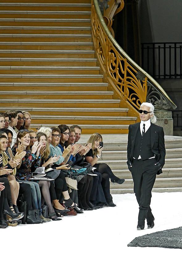Карл Лагерфельд показал одну из самых красивых коллекций, когда-либо созданных для Chanel. Изображение № 67.