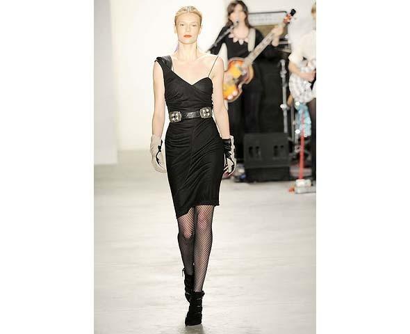 Неделя моды в Нью-Йорке: первые показы. Изображение № 75.