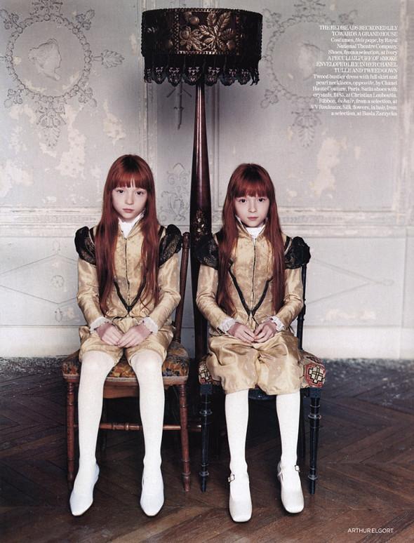 Архивная съёмка: Лили Коул для британского Vogue, 2004. Изображение № 5.