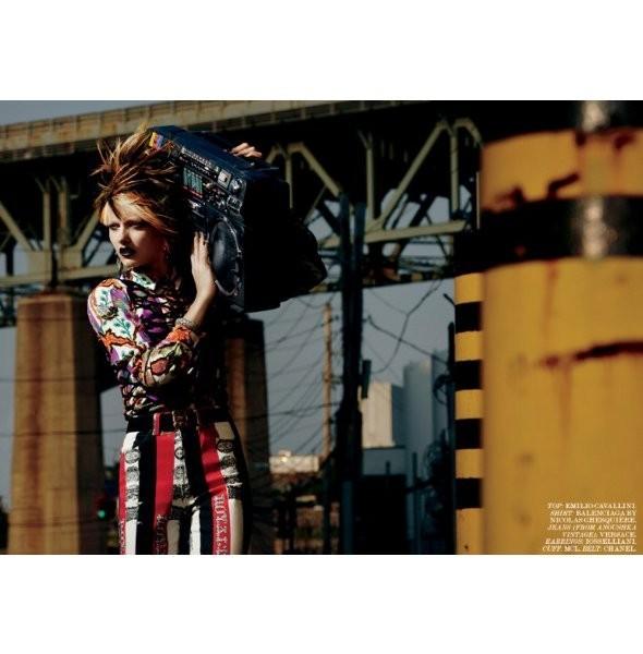 Съёмка: Кармен Педару для Interview. Изображение № 4.