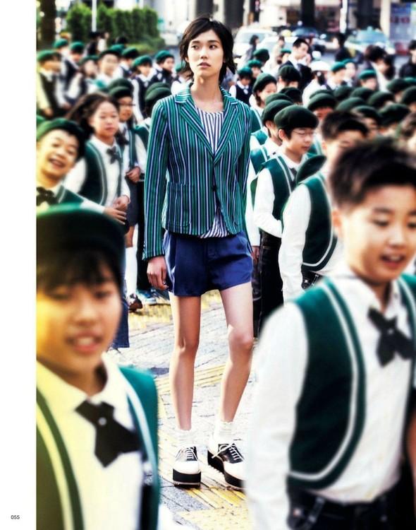 Съёмка: Тао Окамото для Vogue. Изображение № 2.