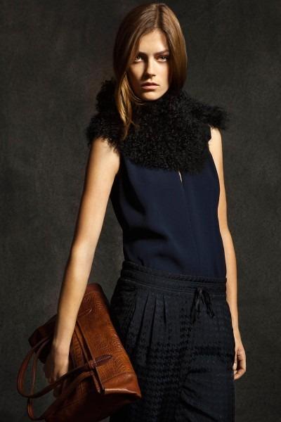 Лукбуки: H&M, Zara, Urban Outfitters и другие. Изображение №35.