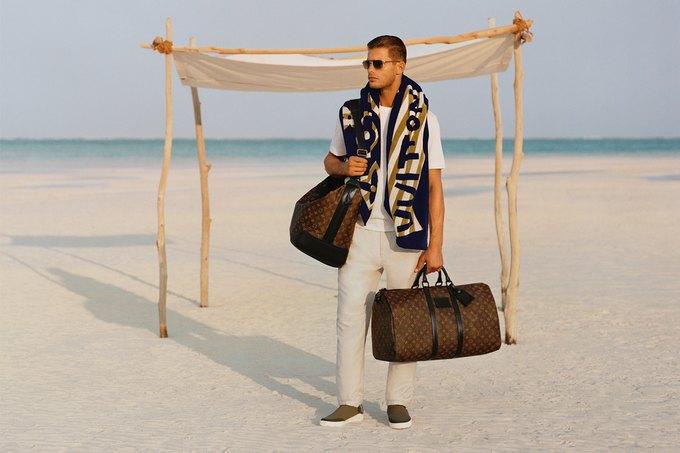 Вышли новые лукбуки Burberry, Fred Perry и Louis Vuitton. Изображение № 25.