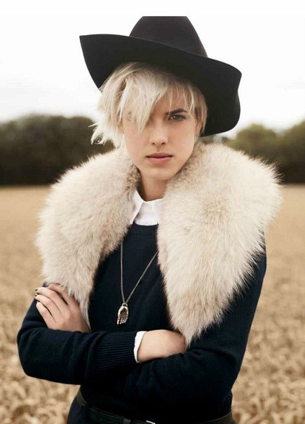Agyness Deyn by Ben Weller for Twin #5. Изображение № 4.