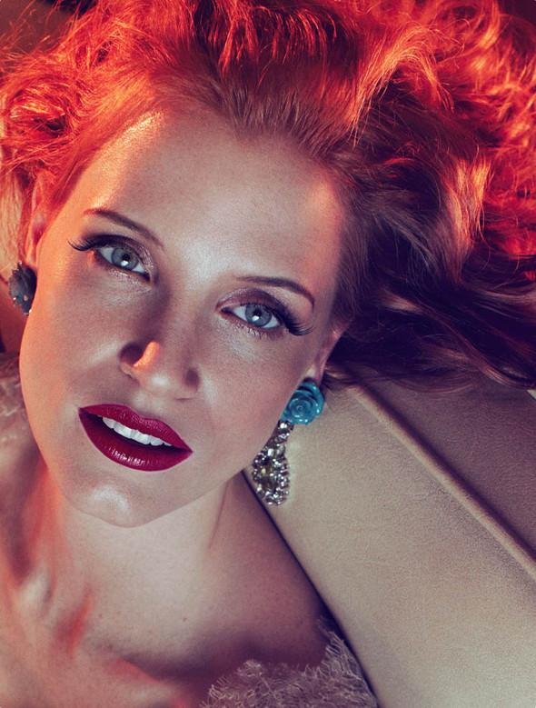 Съёмки: Harper's Bazaar, Interview, Vogue и другие. Изображение № 24.