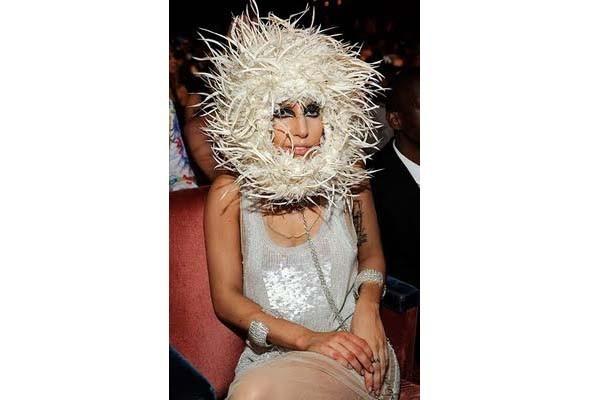 Леди Гага стажируется у Филипа Трейси. Изображение № 4.