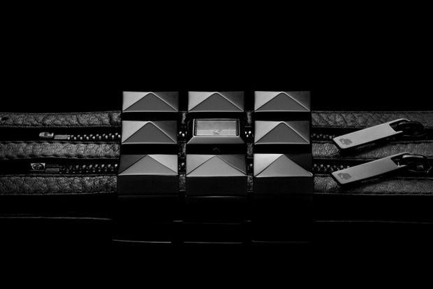 Карл Лагерфельд создал коллекцию часов. Изображение № 4.
