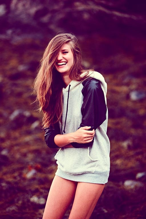 Лукбуки: H&M, Zara, Urban Outfitters и другие. Изображение №5.