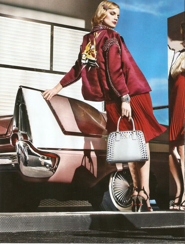 Превью кампаний: Bottega Veneta, Mulberry, Prada и другие. Изображение № 9.